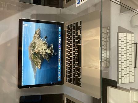 macbook pro 549